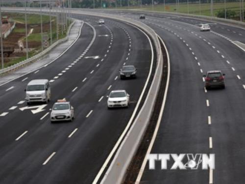 Bộ Giao thông vận tải lý giải về đầu tư cao tốc Bắc – Nam