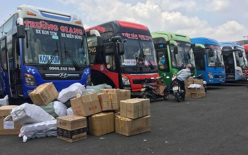 Hàng hóa gửi qua xe khách Bắc Nam dễ bị hư hỏng, mất mát do thiếu quy trình quản lý