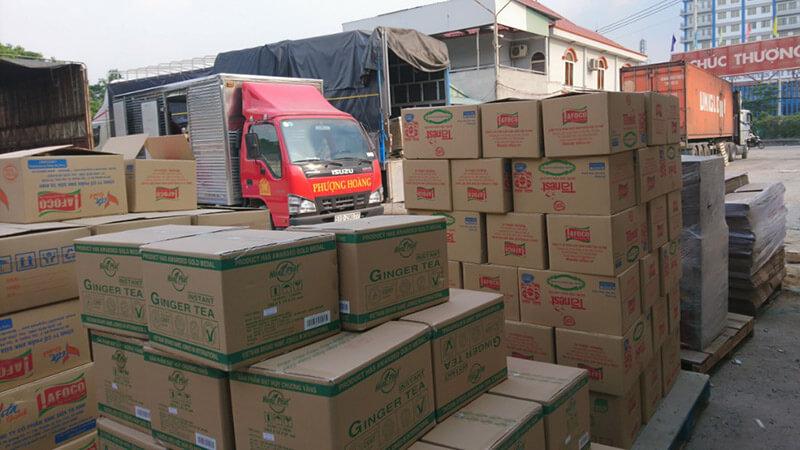 Phượng Hoàng có trung tâm kho vận tải TPHCM và Đà Nẵng