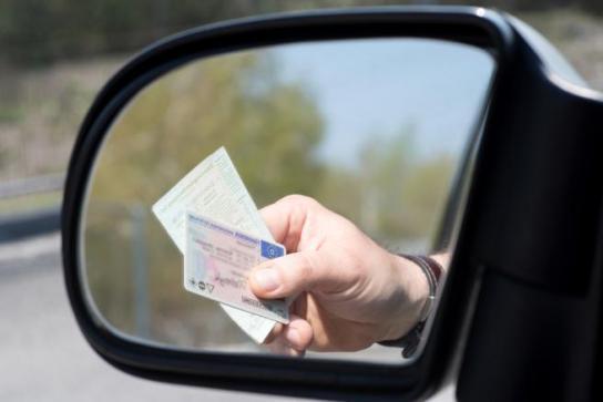quy định về chứng từ hàng hóa đi trên đường